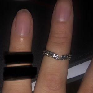 Pandora Wishbone Leaf Ring
